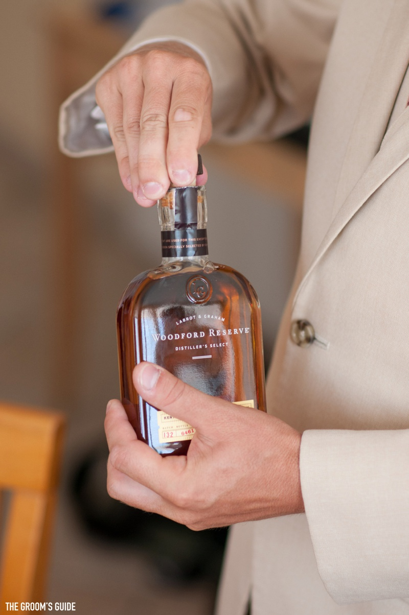 grooms-guide-drinking-on-wedding-day_0003
