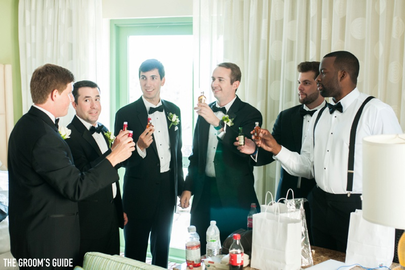 grooms-guide-drinking-on-wedding-day_0004