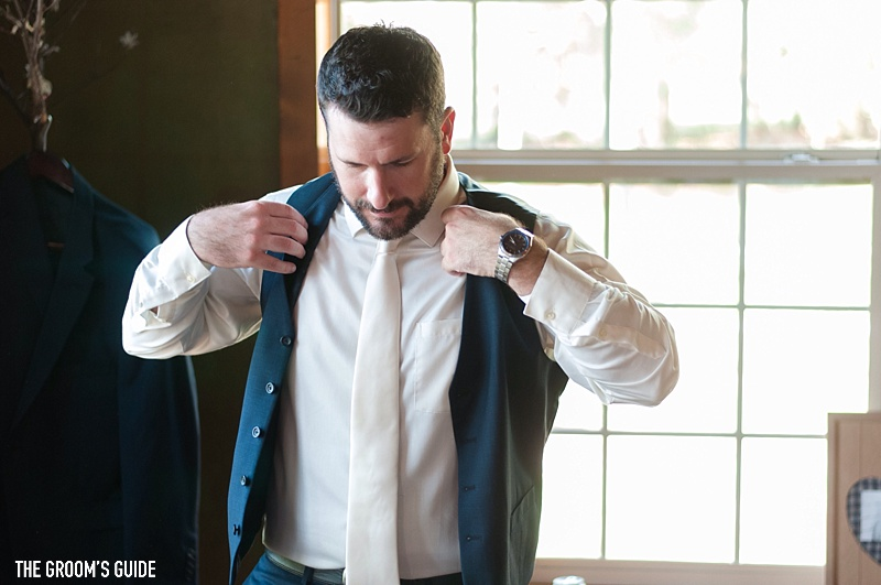 top-5-things-that-can-go-wrong-on-your-wedding-day-groom-vest